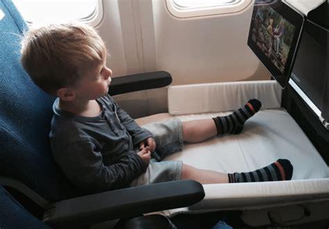 siege avion bed box de jetkids un lit pour enfant dans l 39 avion bb