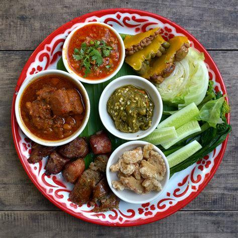 cuisine thaï file lanna cuisine starters jpg wikimedia commons