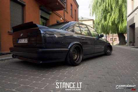 bmw e34 tuning tuning bmw 530i e34 187 cartuning best car tuning photos
