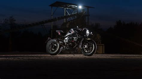 mv agusta rvs unveiled   fast facts video