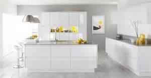 Sage Green Kitchen Cabinets With Black Appliances by De 300 Fotos Cocinas Modernas 2017 Ideas Para Decorar