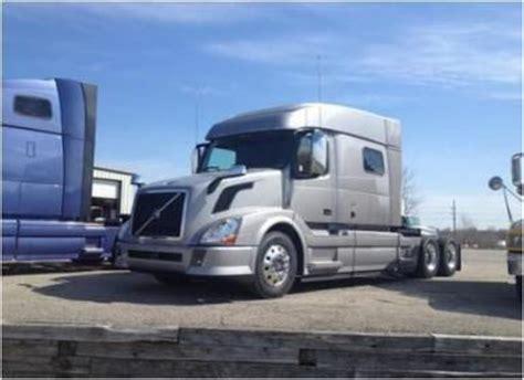 trucking images  pinterest semi trucks diesel