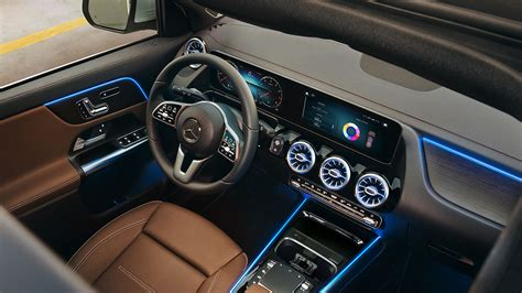 Gallery of 95 high resolution images and press release information. Interior of 2021 Mercedes-Benz GLA from above_o - Silver Star Motors