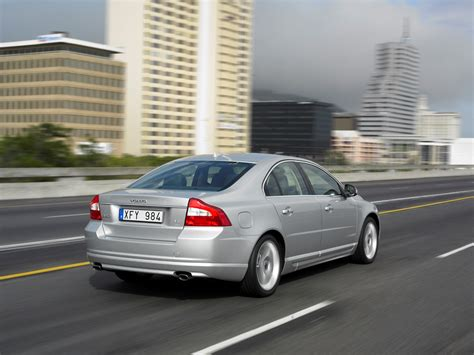 volvo group global volvo s80 helps to ease security worries volvo car group