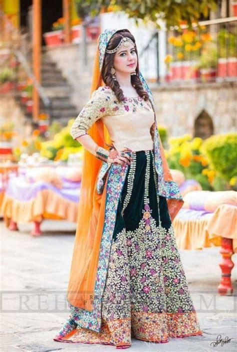 stylish pakistani dresses  wedding