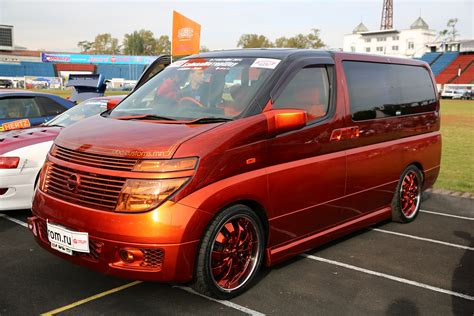 Nissan Elgrand Hd Picture by 2015 Nissan Elgrand E51 Pictures Information And