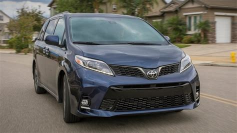2019 Toyota Sienna Deals, Prices, Incentives & Leases