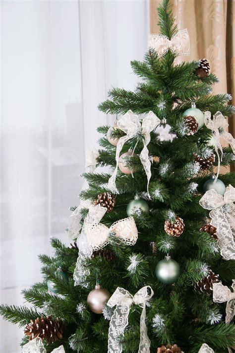 arboles de navidad en alco decorar un 225 rbol de navidad verde hogarmania