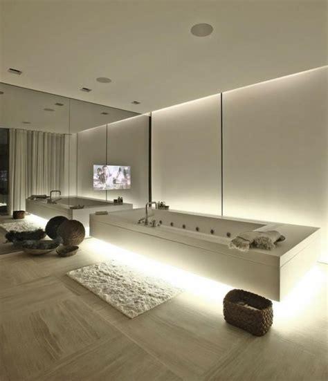 photo de cuisine blanche salle de bain de luxe en styles variés conseils et photos