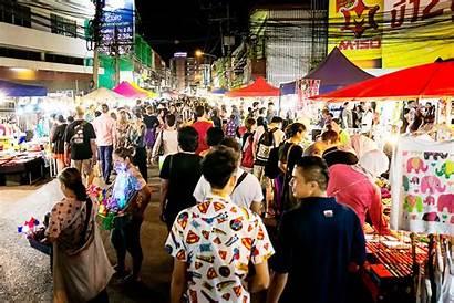 Mai Chiang Market Night Saturday Tour Road
