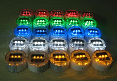Battery Powered Underwater Boat Lights by Waterproof Solar Powered Led Puck Light Ground Markers