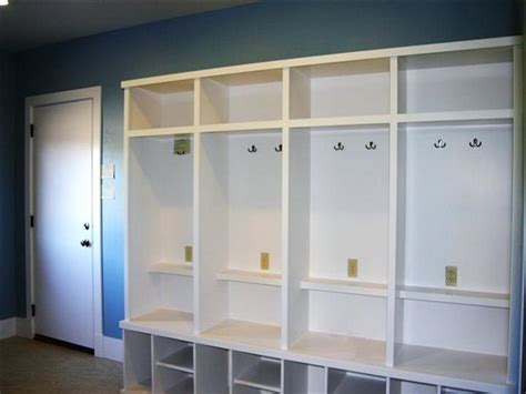 Entryway Lockers With Bench Planning Ideas