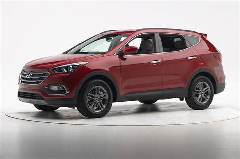 2017 Hyundai Santa Fe Sport Earns Top Safety Pick+ From