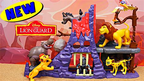 The Lion Guard Kidnapped Jailed At Hyena Hide Out Lair