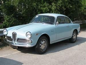 Alfa Romeo Sprint : alfa romeo giulietta 750 101 wikiwand ~ Medecine-chirurgie-esthetiques.com Avis de Voitures