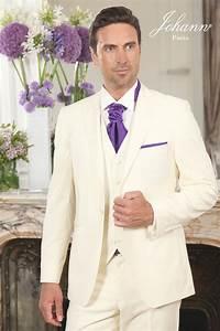 Costume Homme Mariage Blanc : johann costume de mariage ivoire accessoires violet ~ Farleysfitness.com Idées de Décoration