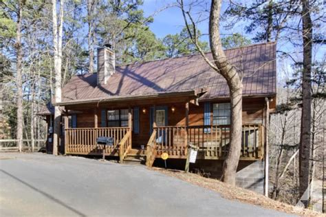 pigeon forge 1 bedroom 1 bath cabin tub free
