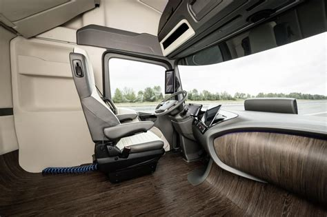 future mercedes interior meet mercedes benz 39 s futuristic autonomous truck concept