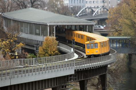 Ubahn  1q Berlin 2013