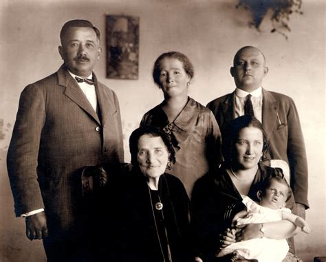 paternal grandparents kati andai s paternal grandmother maria deutsch with family centropa org