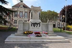 Ford Mantes La Ville : monument mantes la ville les monuments aux morts ~ Gottalentnigeria.com Avis de Voitures