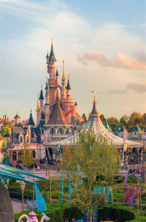 Disneyland Paris Half Marathon Preview  Disney Tourist Blog