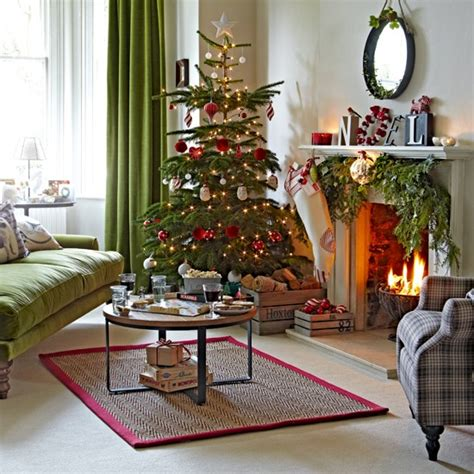 classic green and red living room with tree housetohome