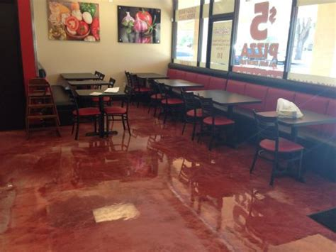 arizona polymer flooring epoxy 200 zella s pizza creates memorable modern look apf epoxy