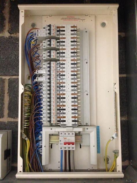 emelec electrical services  feedback electrician