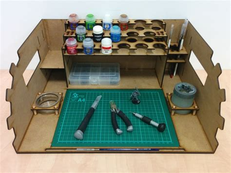 wargaming paint station    painting station