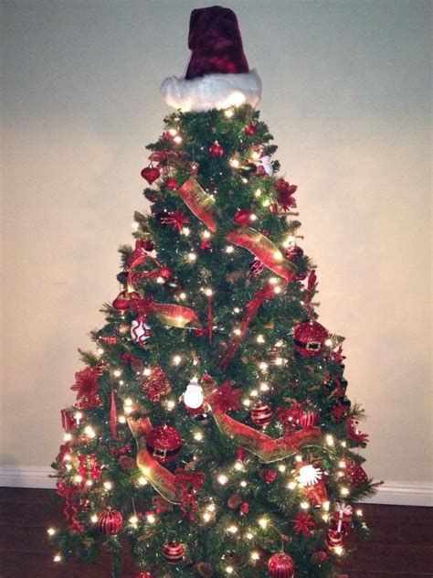 santa themed christmas tree christmas pinterest