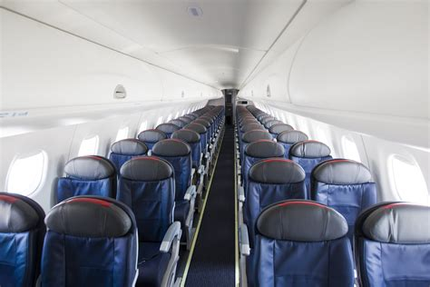 Flyers, Rejoice! American CRJ200s Being Replaced By E-175s ...