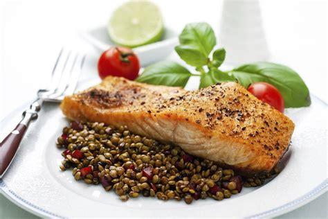 safe  pregnant women  eat fish