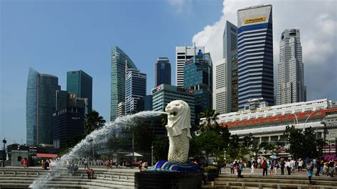 Why, Where And How To Invest In Singapore