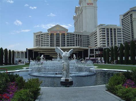 Caesars Palace Front Desk Tip by These Are The 4 Oldest Casinos On The Vegas Front