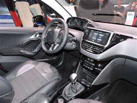 Interni Peugeot 2008 by Salone Di Ginevra 2016 Live Nuova Peugeot 2008 Restyling