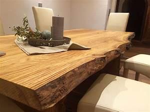 Esstisch Eiche Massiv : esstisch aus eichenholz mit baumkante massiv ge lt in ~ Watch28wear.com Haus und Dekorationen