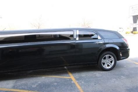 Buy used LIMO LIMOUSINE DODGE MAGNUM 2005 BLACK LOW MILES