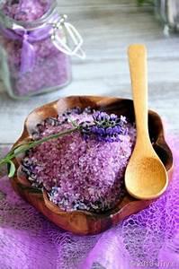 Duftöl Selber Machen : diy lavendel badesalz mit lavendel duft l diy beauty ~ Orissabook.com Haus und Dekorationen