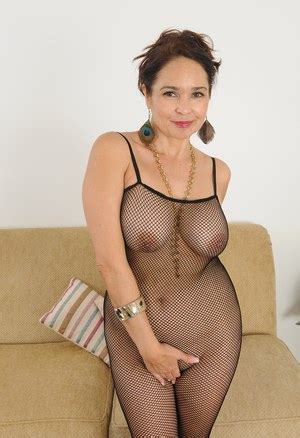 Milf Pantyhose Porn With Hot Naked Moms