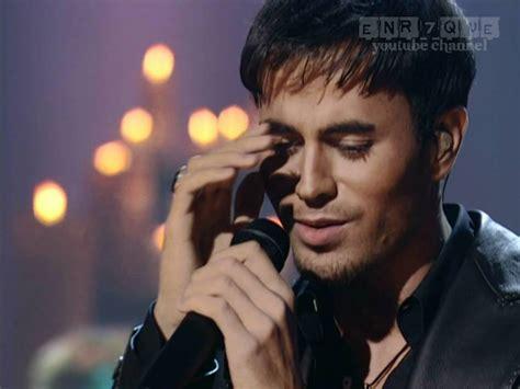 Enrique Iglesias - Hero (LIVE, 1st ever) - YouTube