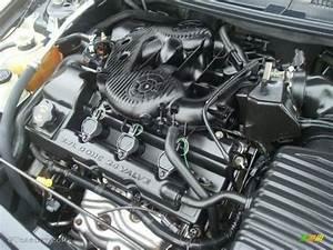 Se Vende Motor Caja Y Varios Repuestos De Sebring 2006 2 7