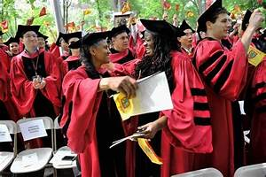 Income for Recent Graduates the Highest in Over a Decade - WSJ