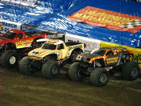 monster truck show south florida monster jam raymond james stadium ta fl 053