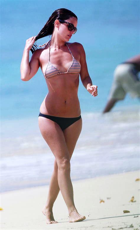linda cardellini bikini linda cardellini