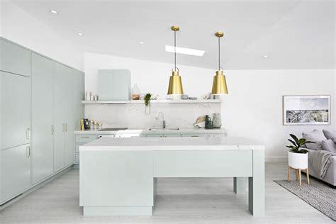 Three Birds Renovations specifies Hettich   The Kitchen
