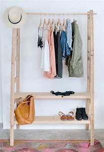 Rangement Vetement Chambre : chambre avec dressing exposez votre collection de mode ~ Teatrodelosmanantiales.com Idées de Décoration