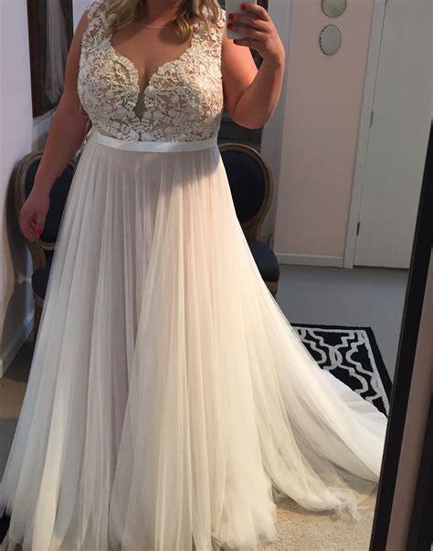 Lace Appliqued Soft Tulle Beach Wedding Dressesplus Size