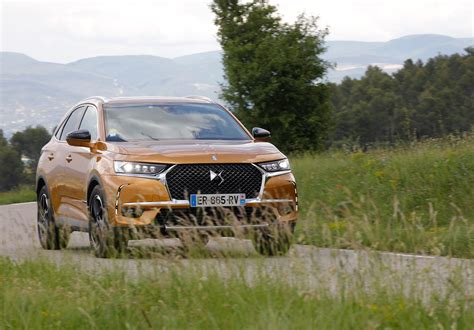 ds crossback  review prices specs car magazine