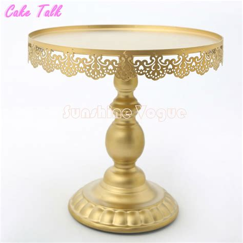 gold cake stand aliexpress com buy gold cake stand with crystal pendant cupcake stand 1 piece wedding party